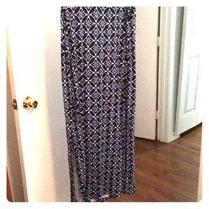 Super soft maxi skirt!